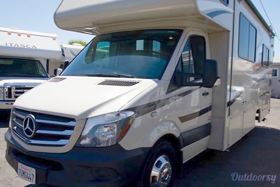 Coachmen Prism 2200 San Diego, CA