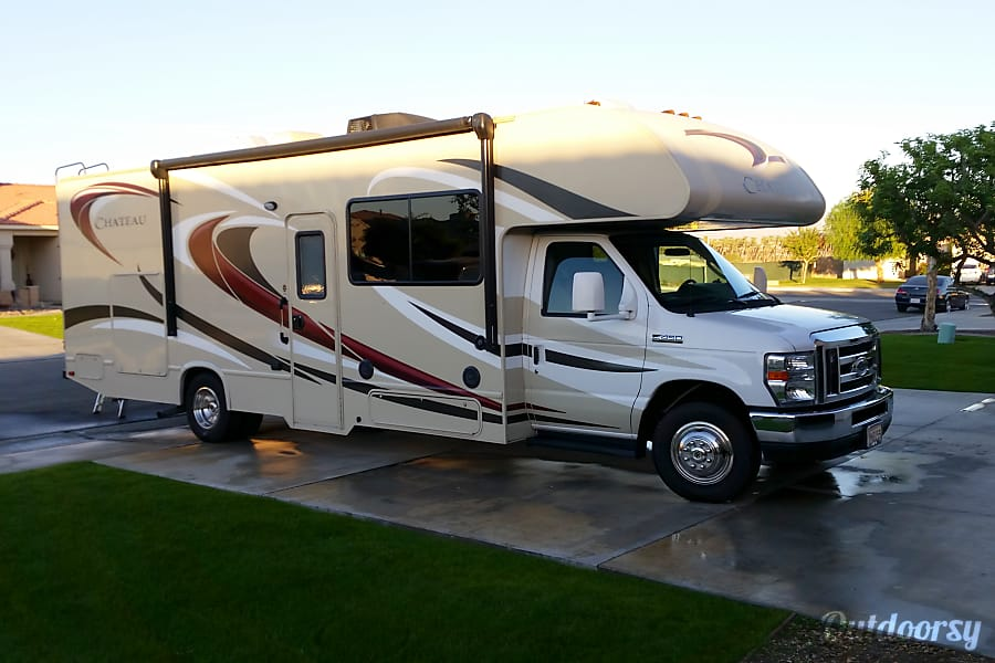 exterior 2016 Newer clean, well maintained. MUCH nicer rig than those nationwide rentals San Diego, CA