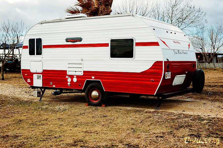 exterior Mini Pearl: Vintage style meets modern functionality & features! Delivery available! San Marcos, TX