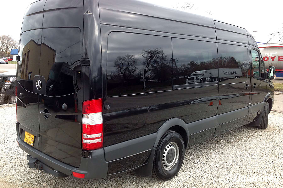 exterior 2013 Mercedes-Benz Sprinter - great for groups of up to 8! Kalamazoo, MI