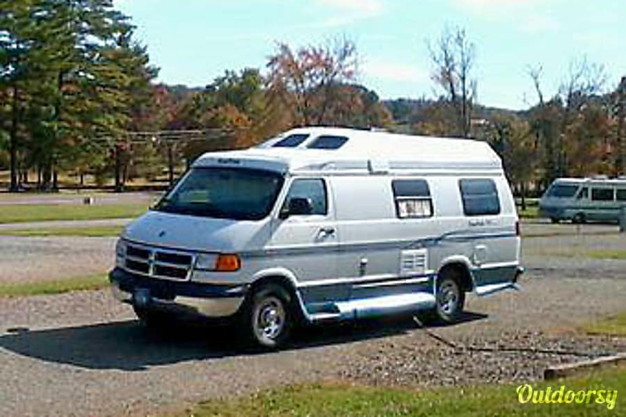 2001 Roadtrek 190 Popular - Complete Housekeeping Kit Included Cedar Grove, NC