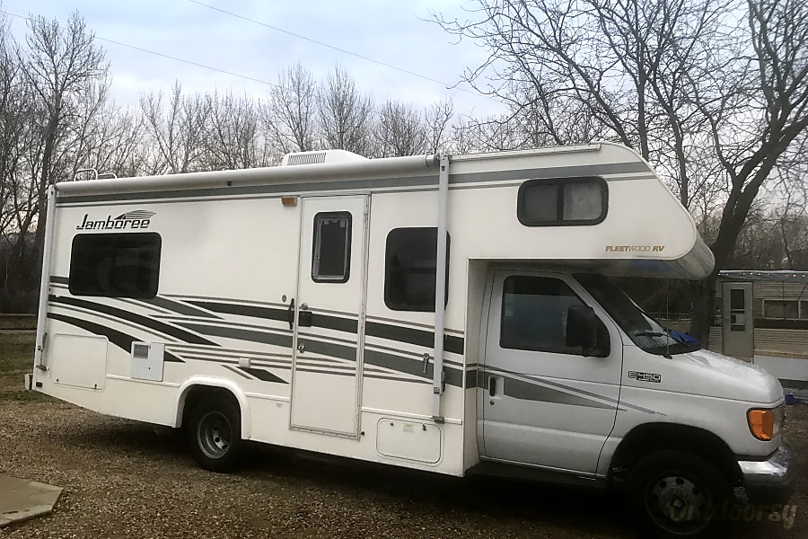 exterior 2004 Fleetwood Jamboree - excellent condition & easy to drive Boise, ID