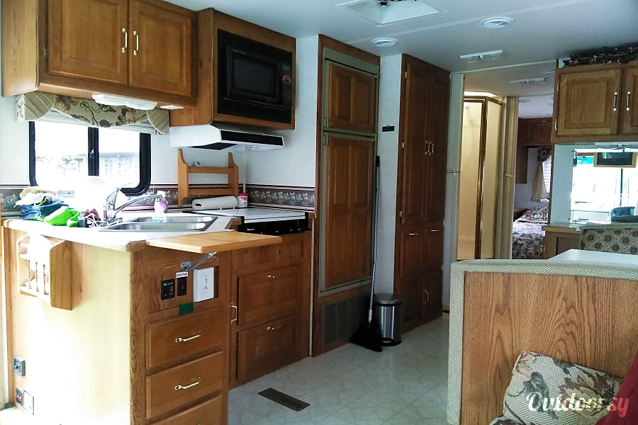 interior 2000 Forest River Georgetown Flint, MI