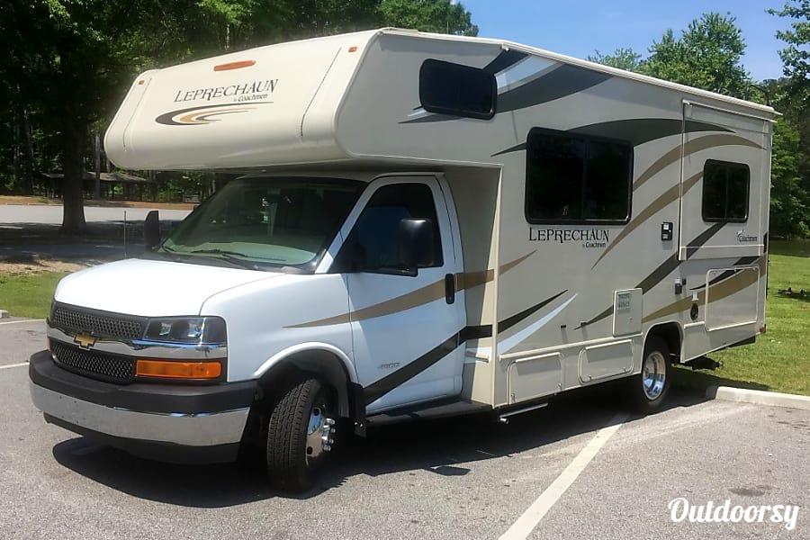 exterior 2019 Coachmen Leprechaun 210RS Lithia Springs, GA