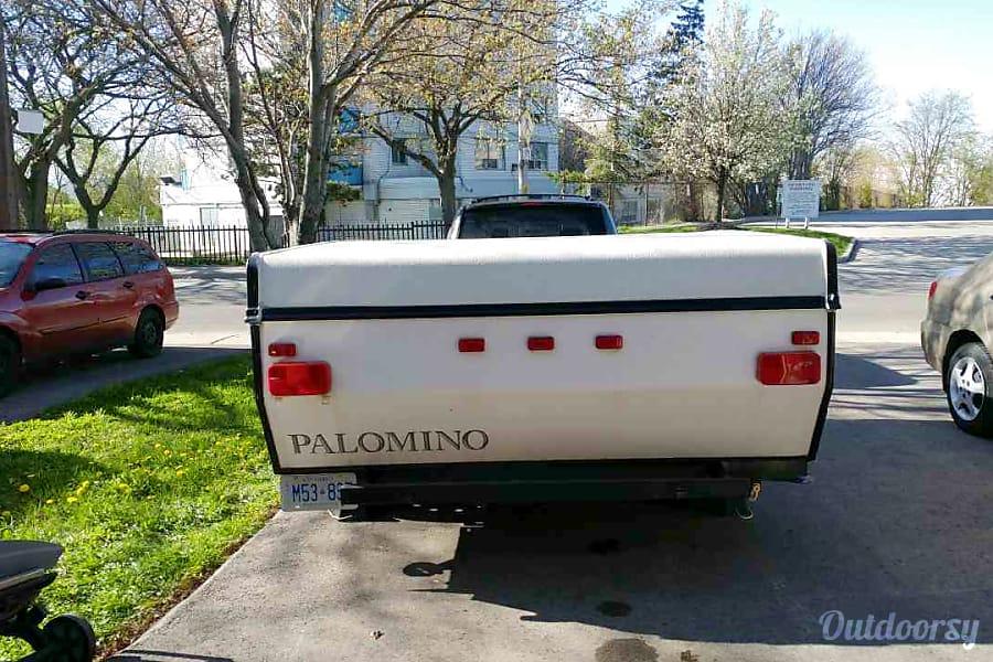 exterior 2013 Palomino 10 Ft Hamilton, ON