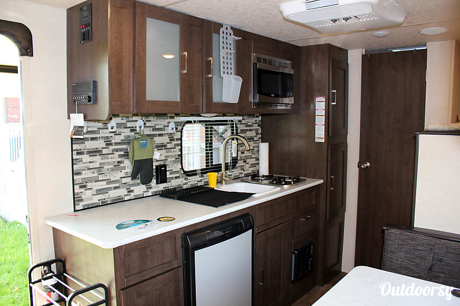 interior 2018 Forest River Wildwood 197bh with Bunks and Queen Beds Newmarket, ON