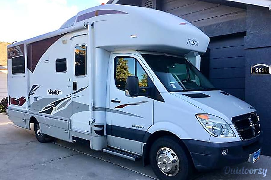 exterior 2009 Itasca Navion 24ft (Class C) with Mercedes-Benz V6 Diesel Engine Reno, NV