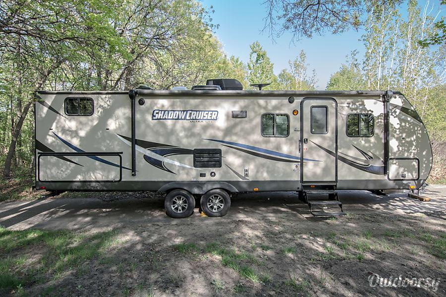 exterior 2018 Shadow Cruiser Elk River, MN