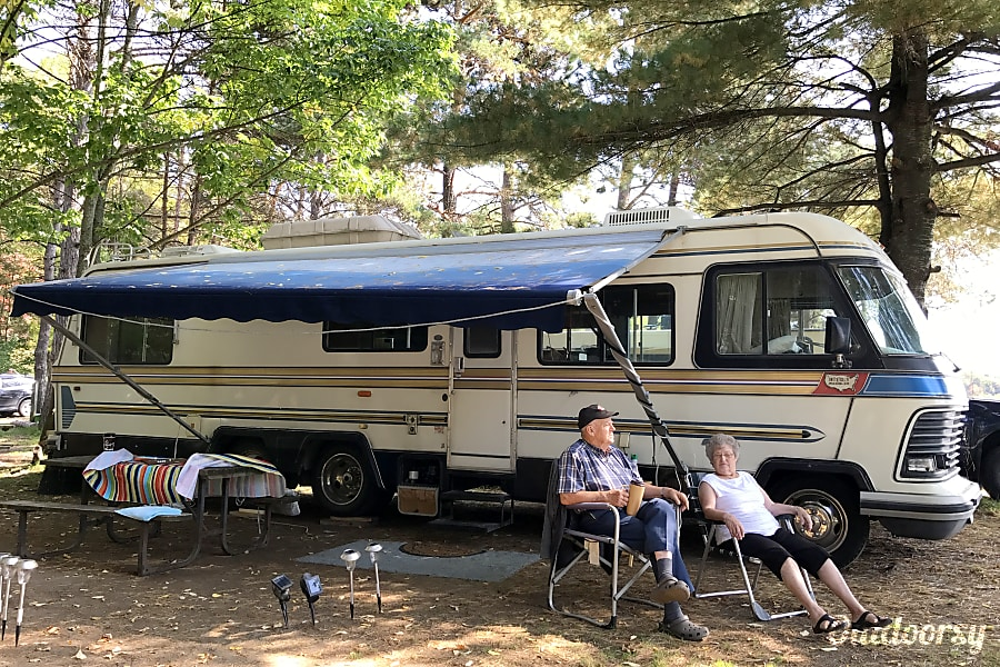 1985 Holiday Rambler Imperial Motor Home Class A Rental In
