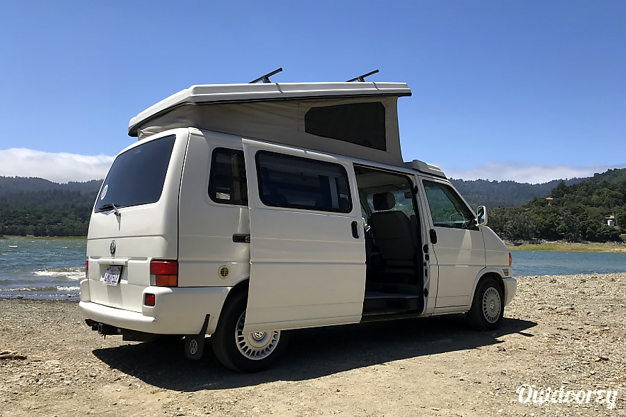 Vw Eurovan Camper >> 2000 Volkswagen Eurovan Motor Home Camper Van Rental In Oakland Ca