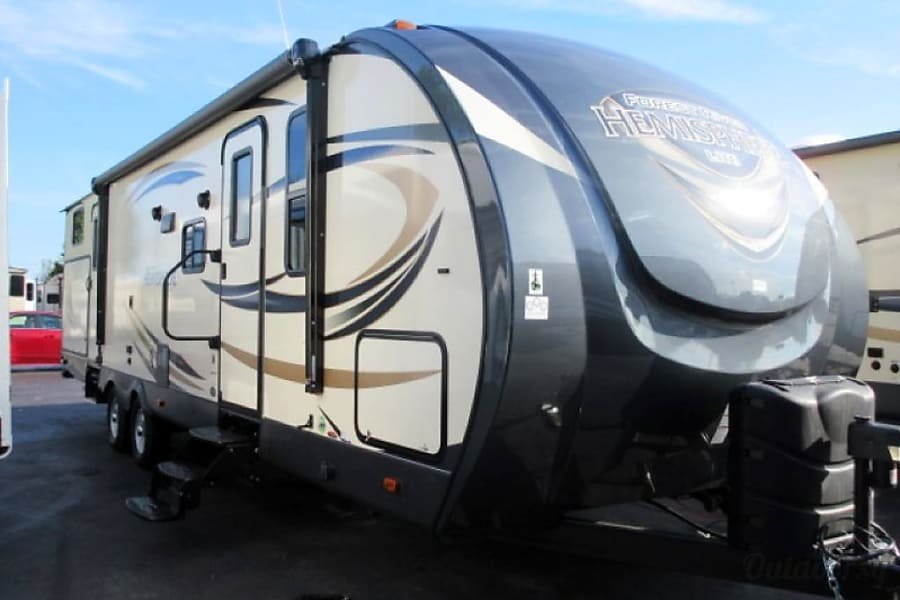 2017 Forest River Salem Hemisphere Rancho Cucamonga, CA I Have A 36u0027  Trailer With