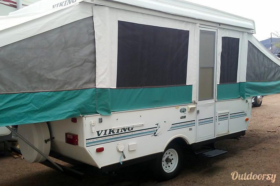 exterior 1998 Viking 2107 Colorado Springs, CO