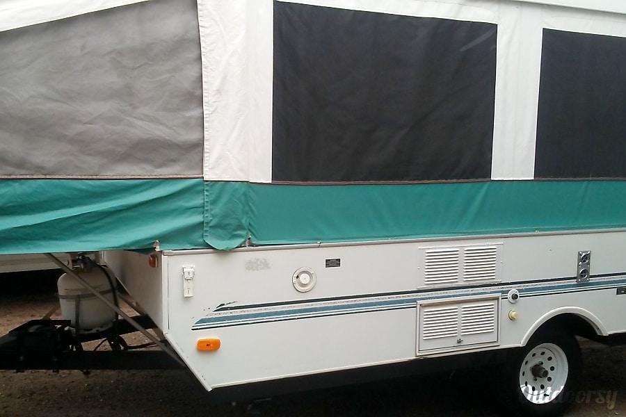1998 Viking 2107 Trailer Rental In Colorado Springs Co