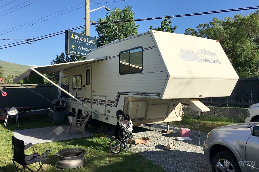 1993 Other Corsair Fifth Wheel Rental In Kelowna Bc Outdoorsy. 1993 Other Corsair Kelowna Bc. Wiring. Corsair Travel Trailer Wiring Diagram At Scoala.co