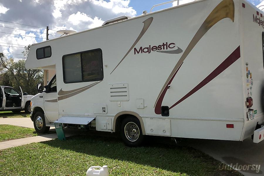 exterior 2004 Majestic Leisure Craft Other Lakeland, FL