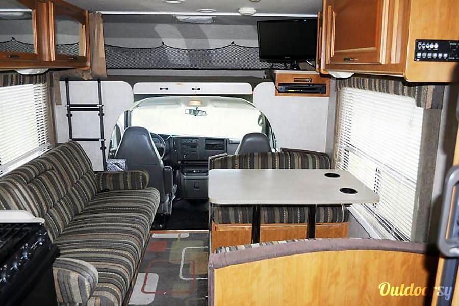 interior VERY CLEAN 8 PERSON RV - Tioga Sacramento, CA