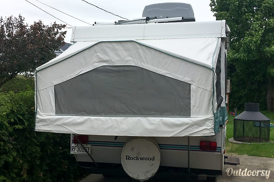 exterior 2001 Rockwood Freedom 1940LTD Popup trailer Saint Constant, QC