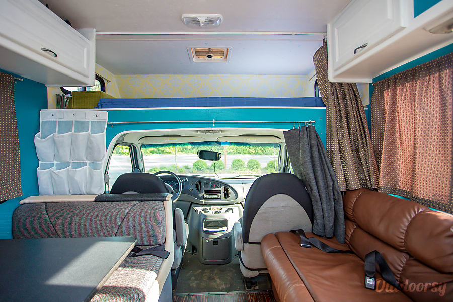 "interior ""Big Foot"" Class C RV Motorhome Woodinville, WA"