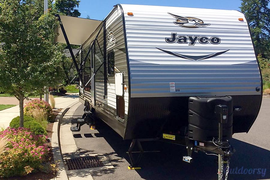 Let us set you up for some fun & relaxation in this incredible trailer!  We'll deliver and set up to your campsite! Scappoose, OR