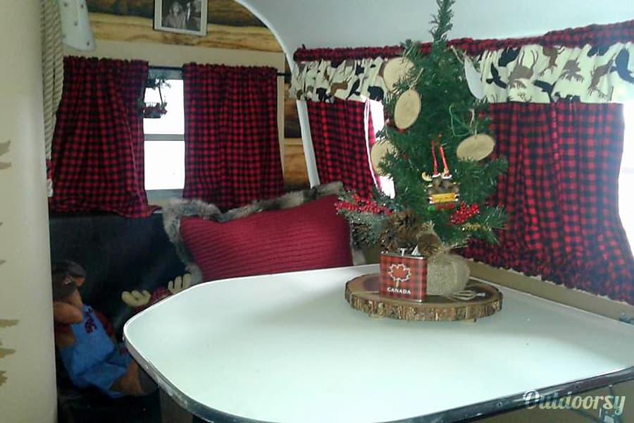 The S'Lumberjack Vintage Camper (1970 Serro Scotty) Caroga Lake, NY