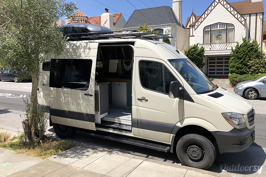 4x4 2017 Mercedes Benz Sprinter 144 San Francisco, CA