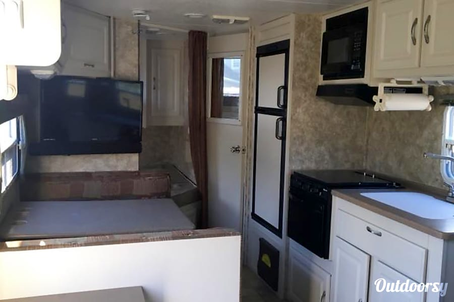 2006 Coachmen Captiva Cochran, GA