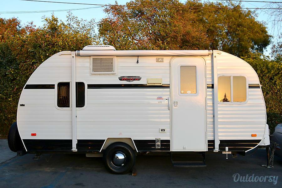 2015 Riverside Rv Whitewater Retro Trailer Rental In Montclair Ca Outdoorsy