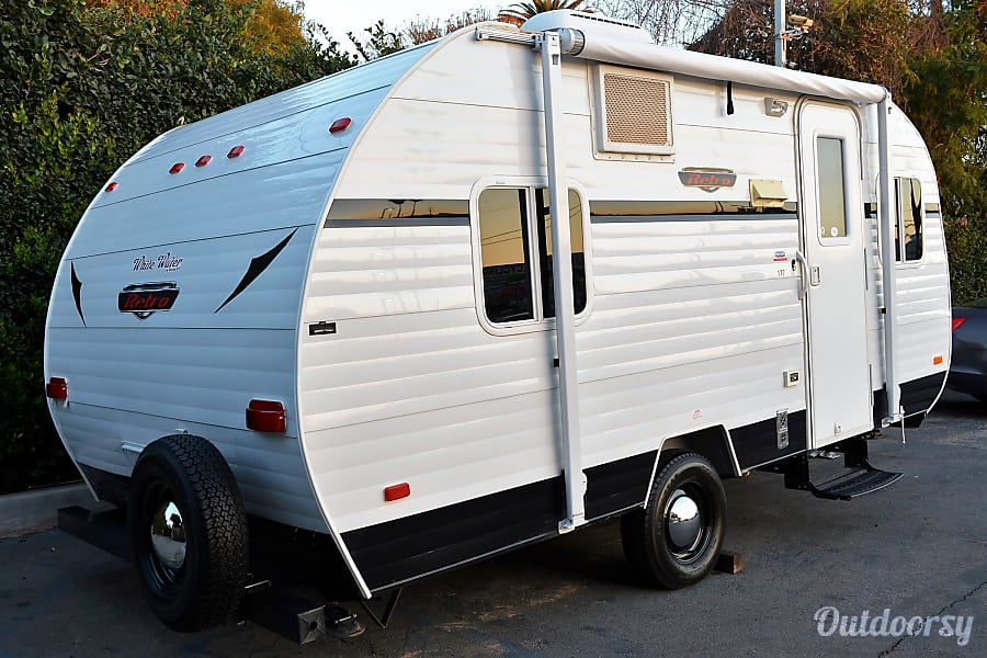 exterior 2015 Riverside Rv Whitewater Retro/Delivery-Pick up Available Montclair, CA