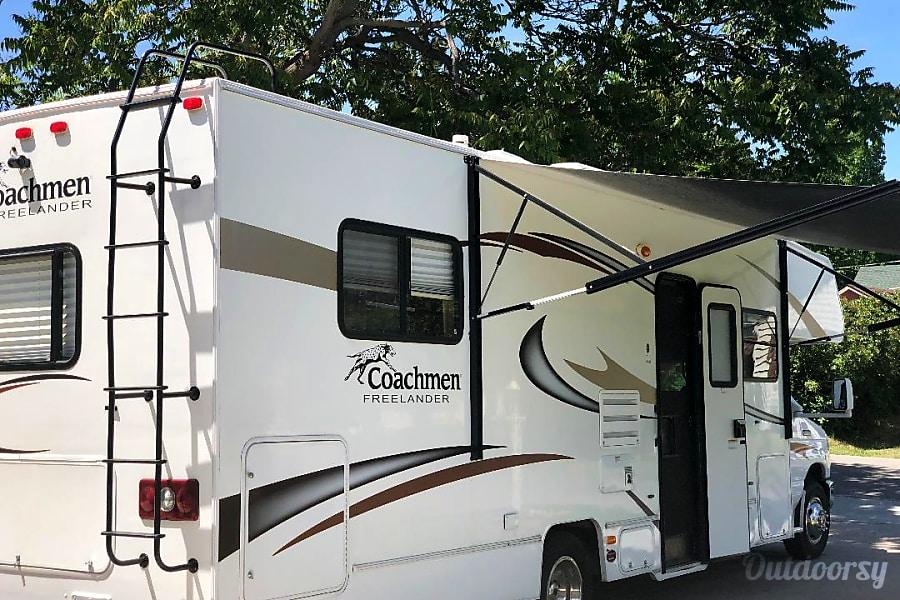 2014 Coachmen Freelander Lakewood, CO