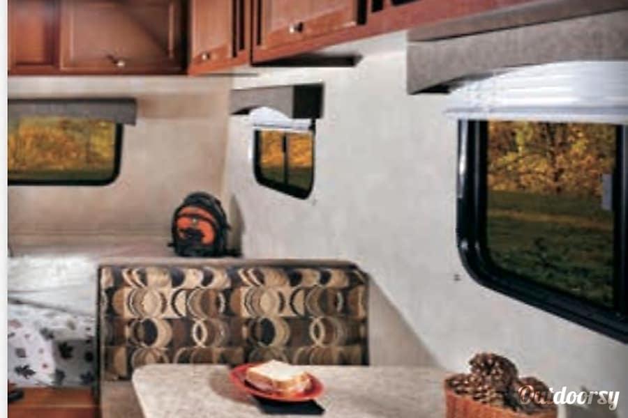 interior 2013 Coachmen Viking North Bay, ON