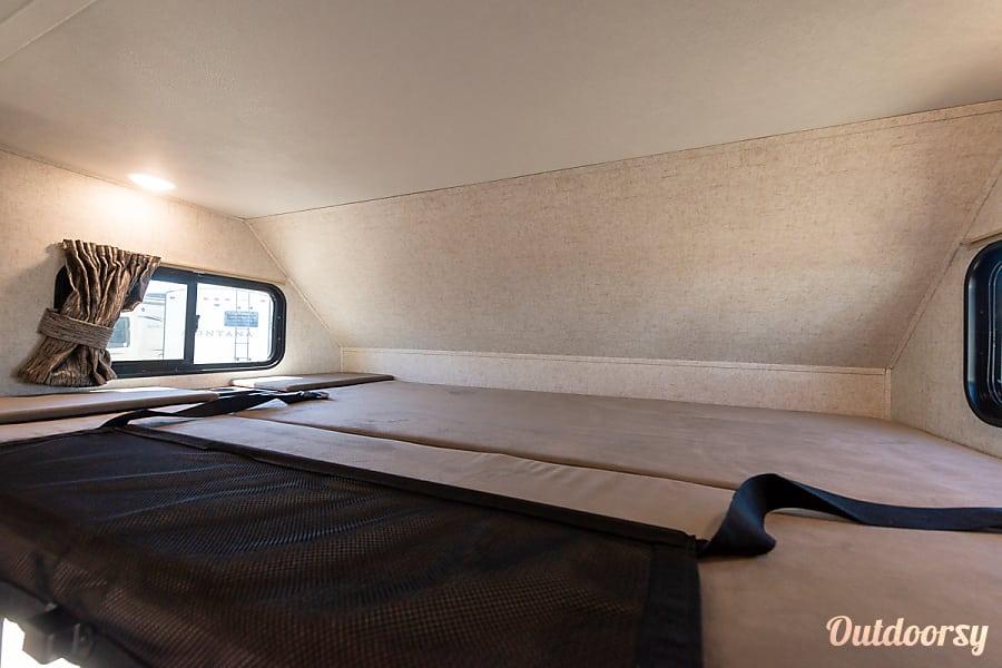 interior 2019 Forest River Sunseeker 3010 Aurora, CO