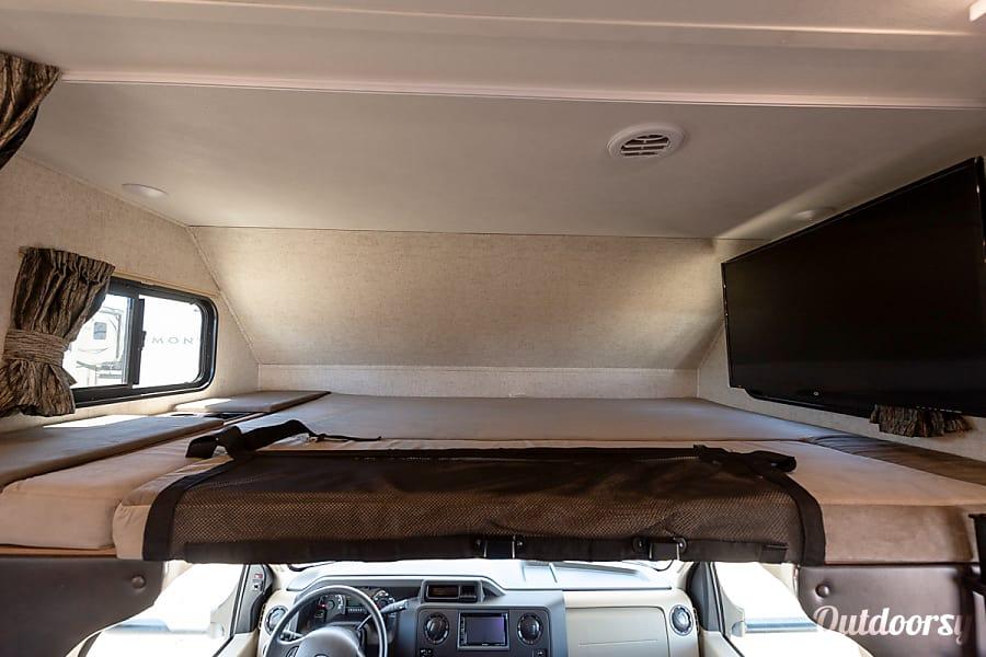 interior 2019 Forest River Sunseeker 2290 Aurora, CO