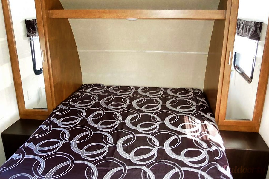 Rent This Trailer Forest River Cruise Lite 261 (P1) Oxnard, CA