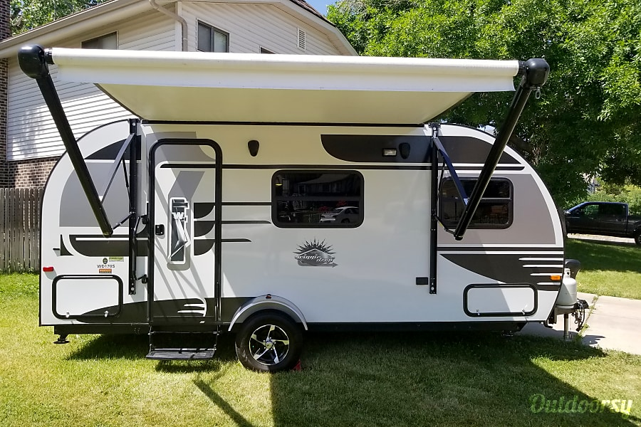 "exterior 2017 Winnebago ""Winnie"" Drop 170S Arvada, CO"