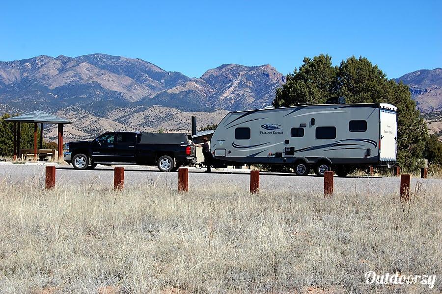 exterior 2015 Coachmen Freedom Express Raton, NM