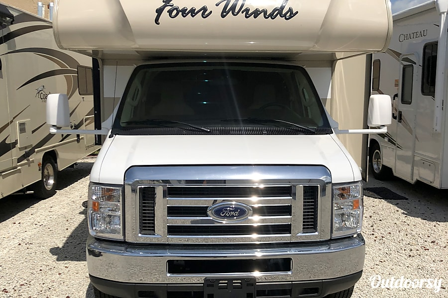2018 Thor Motor Coach Four Winds 28Z Fort Myers, FL