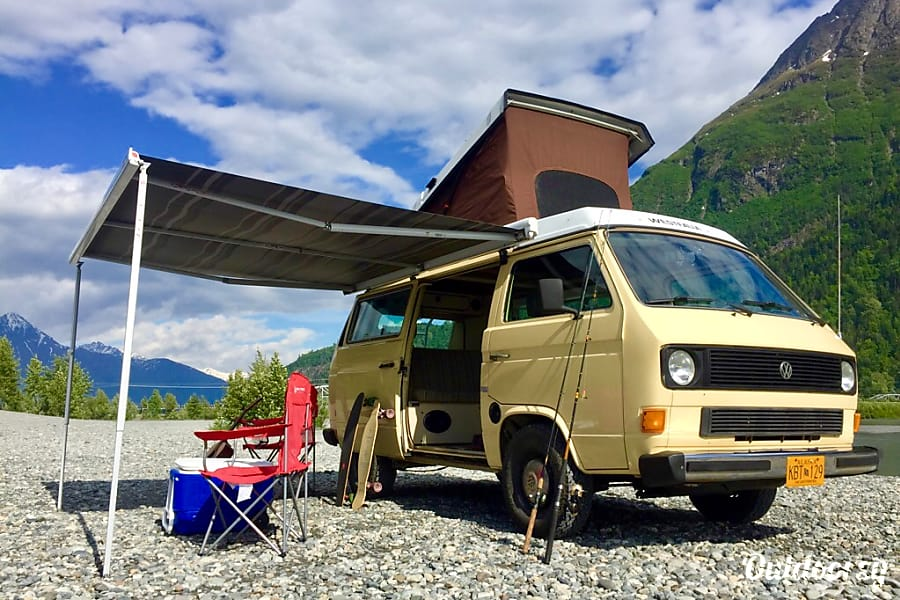 1982 Volkswagen Vanagon Westfalia Motor Home Camper Van Rental in Anchorage, AK | Outdoorsy