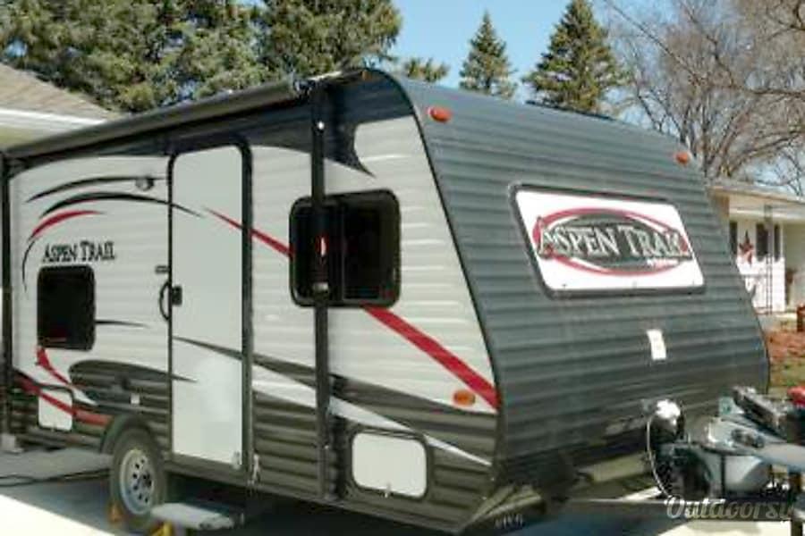 exterior *NEW 2015 Dutchmen Aspen Trail Camper light weight RV travel trailer kitchen bathroom shower bunks Northern Minnesota Breezy Point Breezy Point, MN