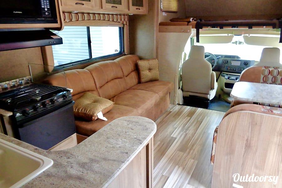 interior 2016 Coachmen Freelander Canandaigua, NY