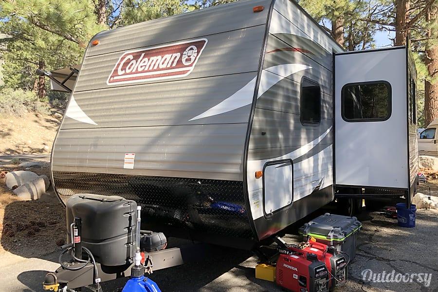 2018 Coleman Lantern Series 244bhwe Trailer Rental In