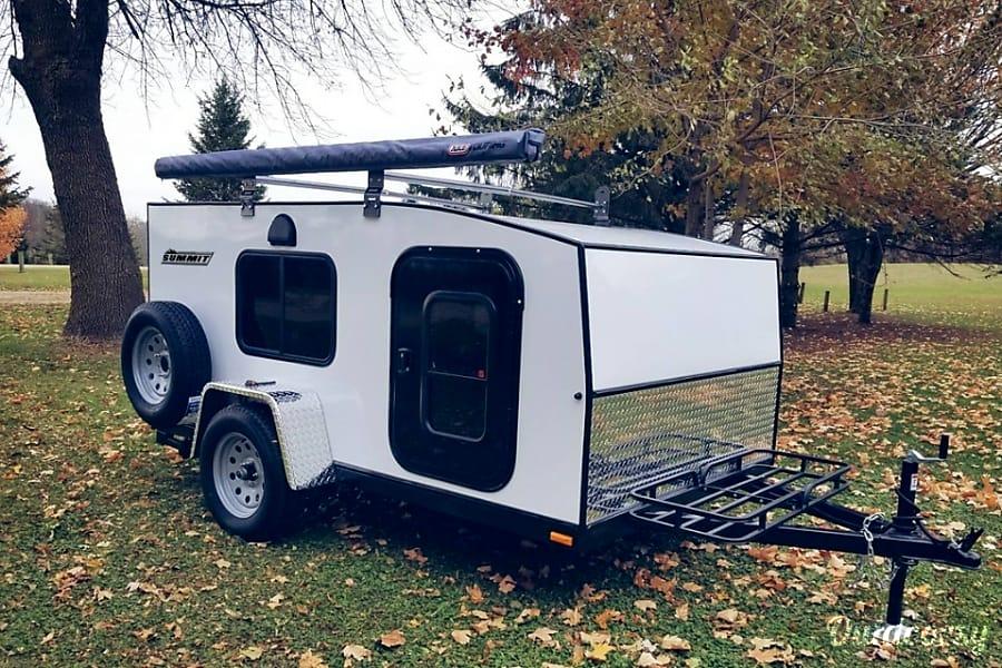 2017 Escapade Campers Summit Trailer Rental In Bowling