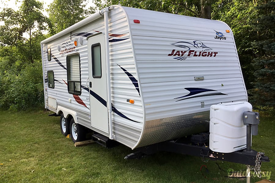 2011 Jayco Jay Flight Trailer Rental In Laingsburg Mi