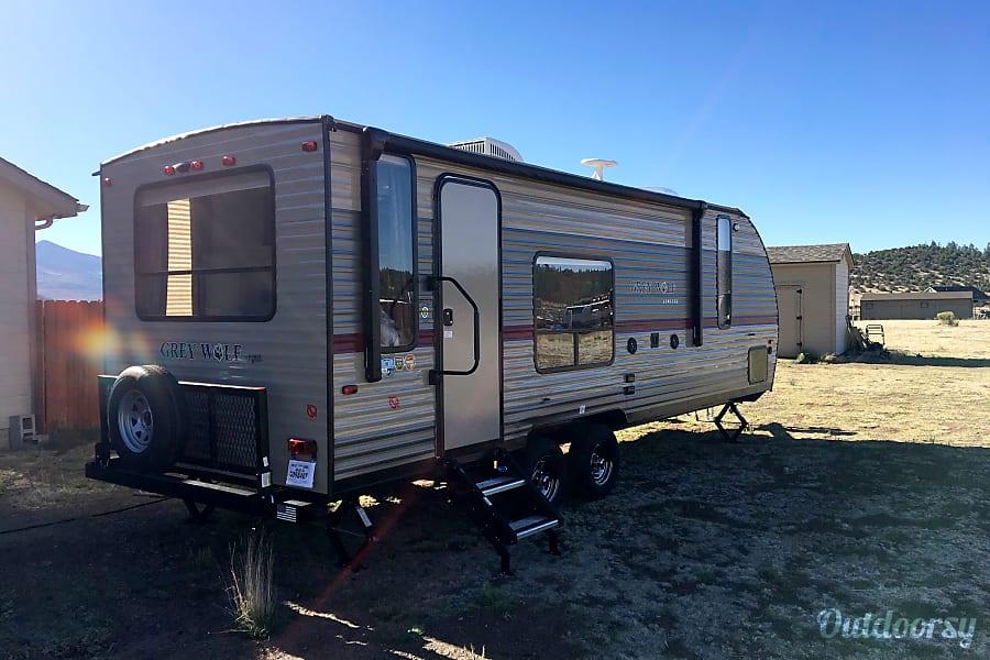 exterior 2018 Forest River Cherokee Grey Wolf Flagstaff, AZ