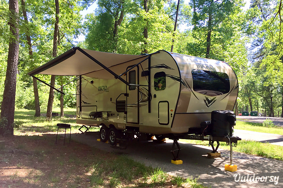 2018 Forest River Flagstaff Micro Lite - Fully Stocked! Richmond, TX