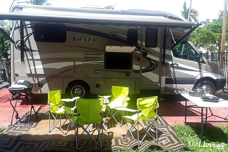 2014 Thor Motor Coach Siesta Miami, FL