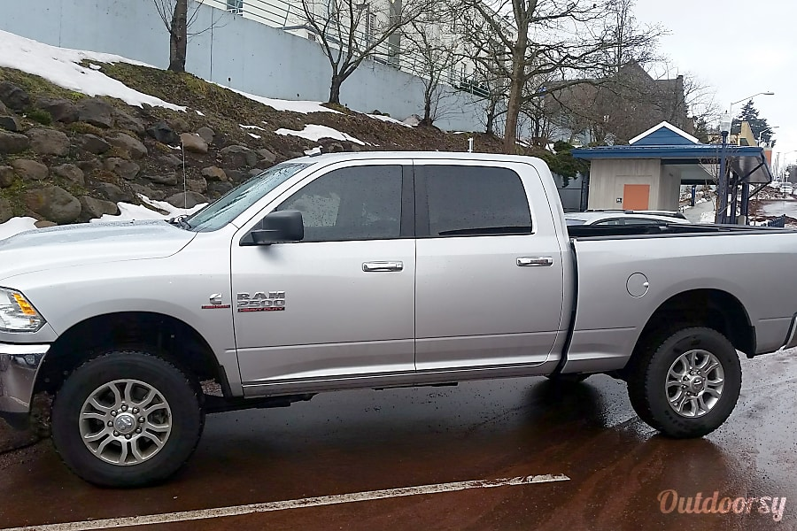 2015 Dodge Truck >> 2015 Dodge Ram 2500 Diesel Motor Home Tow Vehicle Rental In Petaluma