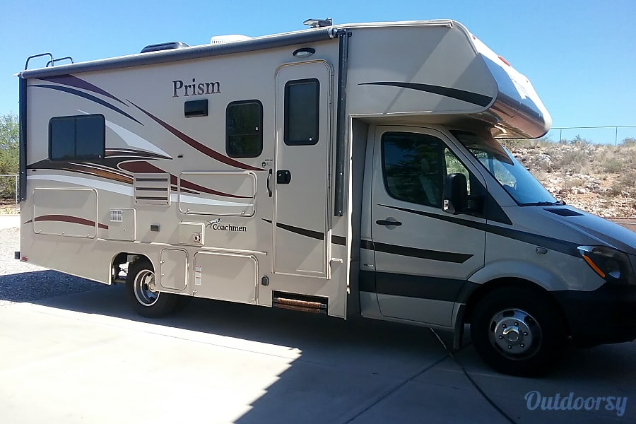 exterior 2017 Coachmen Prism Cornville, AZ