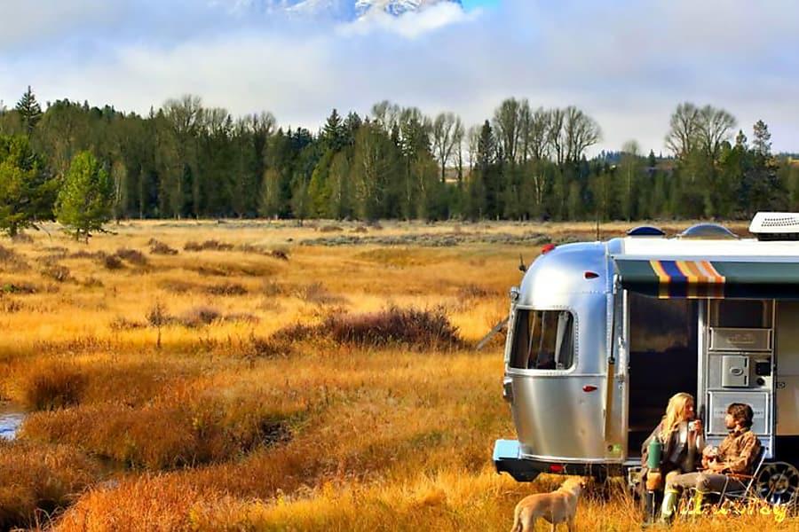 exterior 2016 Airstream Pendleton Limited Edition Delta, BC