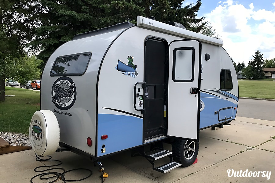 2018 Forest River R-Pod Model 179 Red Deer, AB