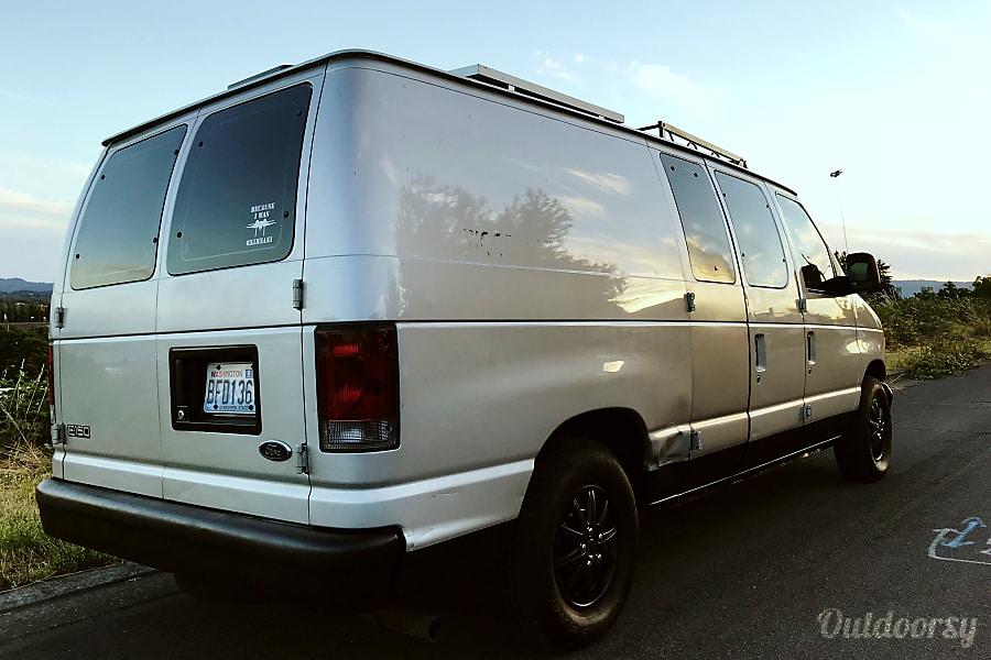 exterior 2003 Ford Econoline 150 Santa Clara, UT